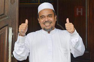 Imam-Besar-FPI-Habib-Rizieq-Shihab-di-kediamannya-di-Petamburan-Jakarta-by-Zainal-DSC_0915-33tzyoxll5u6e7f5c7lqf4
